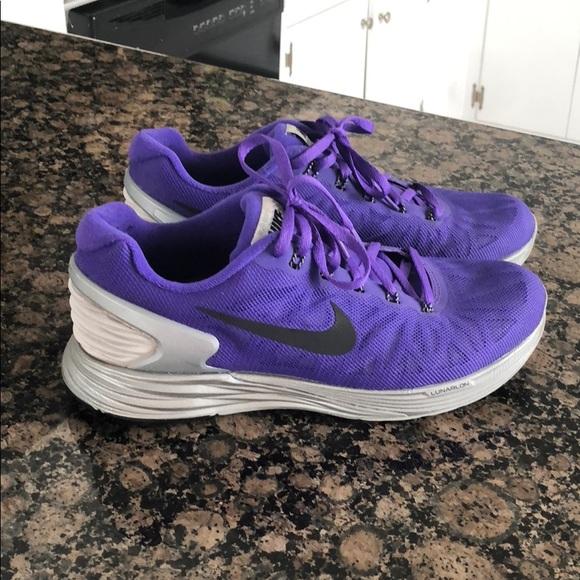 online retailer 50eb9 8ddfe Nike Lunarglide 6 purple and silver. M 5b69c48ddcf855094cbe41c7